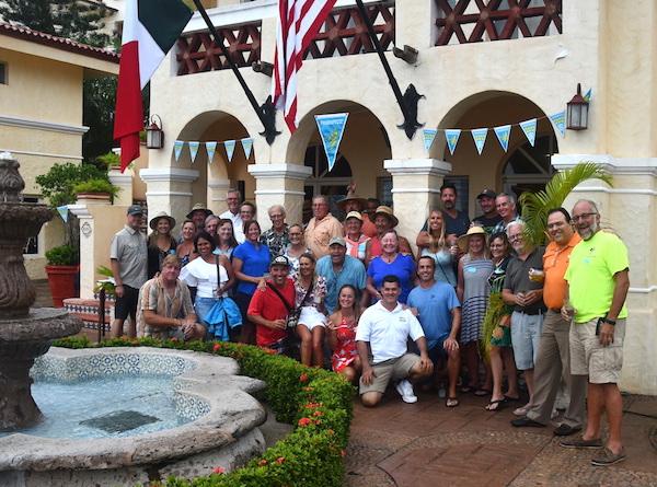 PANAMA POSSE SPEEDY GONZALEZ AWARD