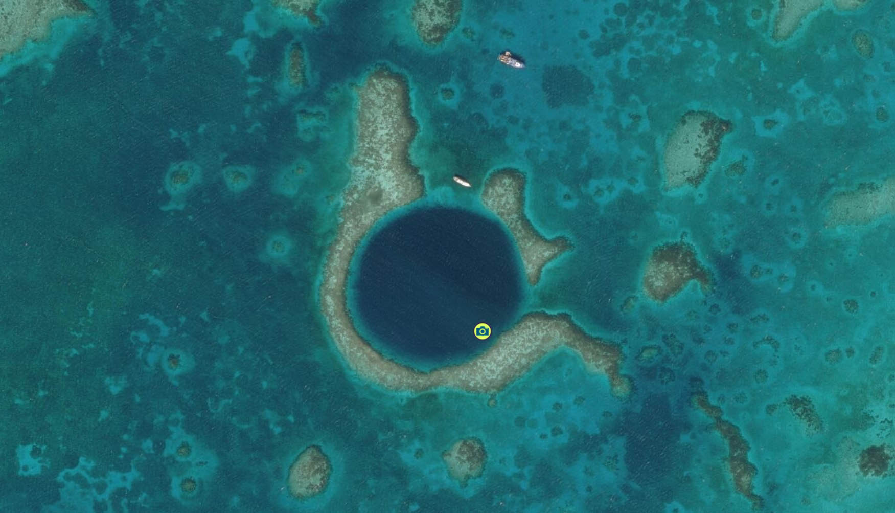 BELIZE The great blue hole