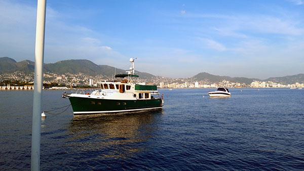 Vicentes moorings in acapulco