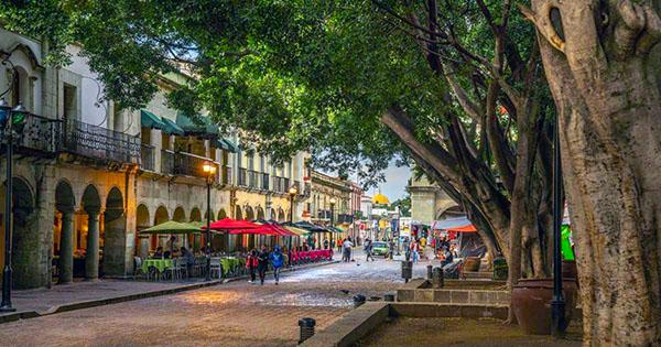 The Plaza de la Constitución, or Zócalo,