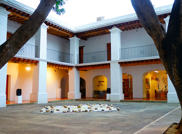 The architectural style is basically Andalucian modified by Oaxaca traditions.