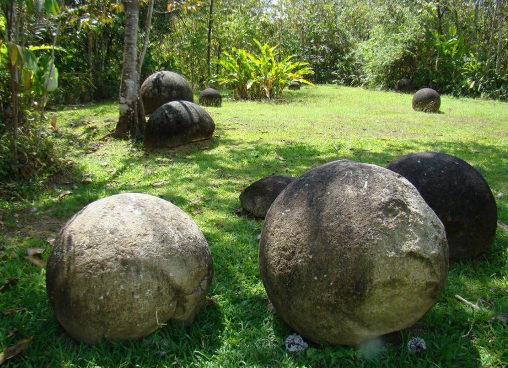 Diquis stone spheres
