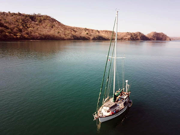 Thisldu & Second Wind at anchor in northern Costa Rica