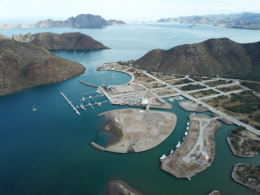 marina puerto escondido