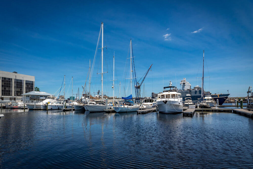 Ocean Yacht Marina The best full-service marina in Portsmouth, VA_files